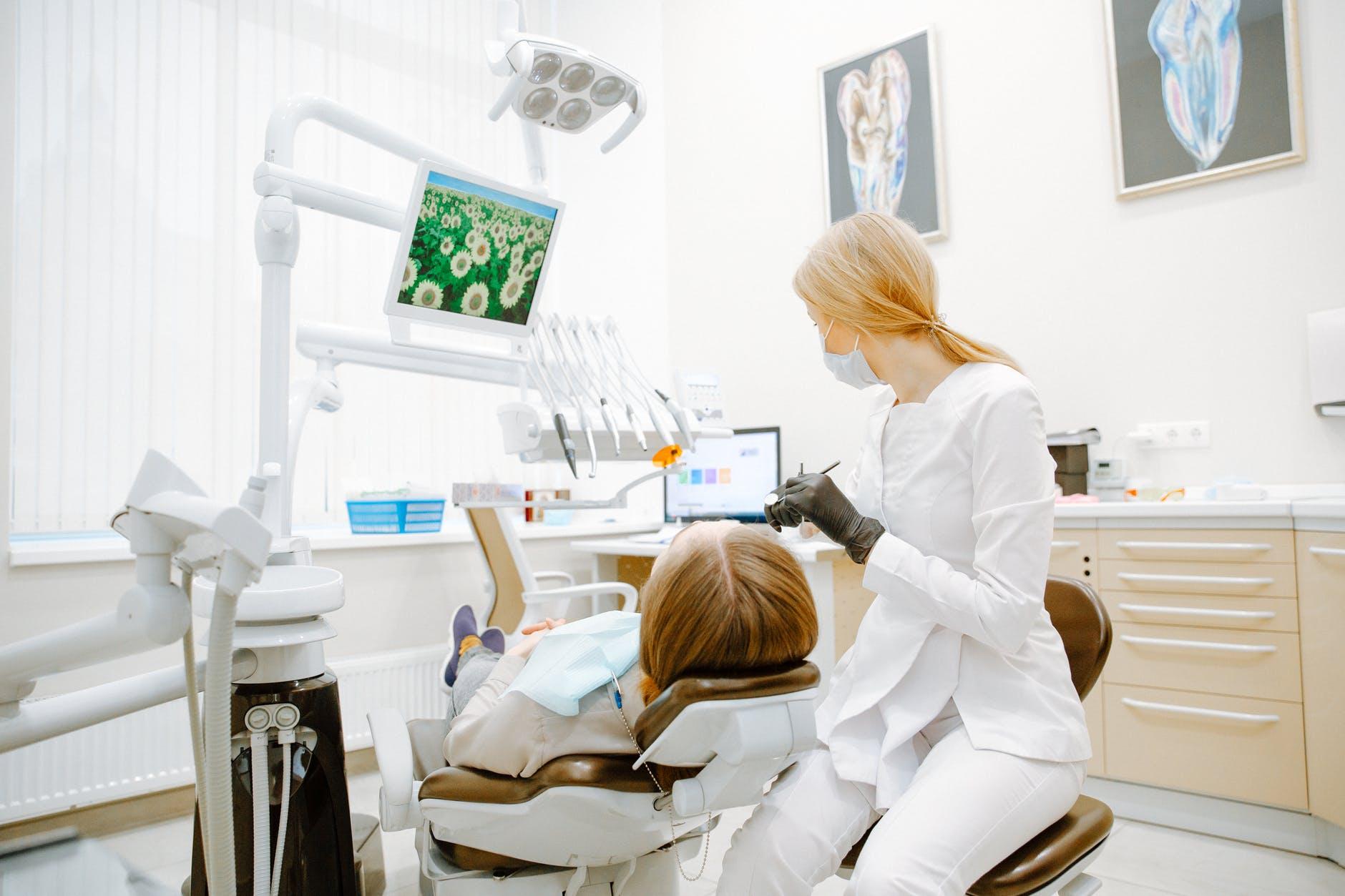 bonding zębów